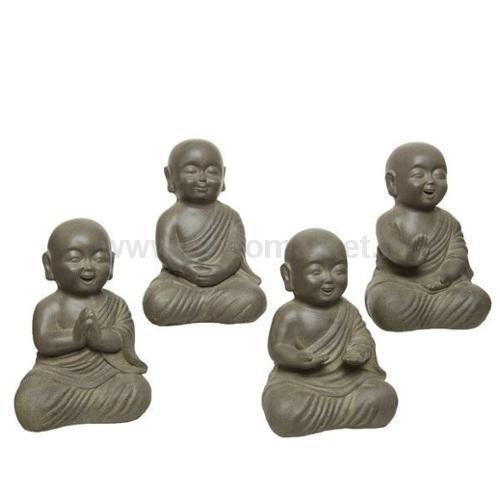 STATUETTA DI BUDDHA IN ARGILLA 24X20XH35CM IN 4 ASSORTIMENTI